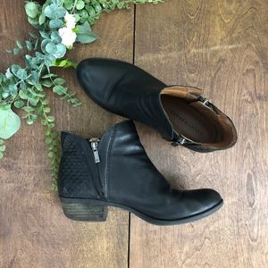 ✨SALE✨ ⬇️ $45 Lucky Brand Brenono Quilted Booties